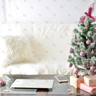 UD Pink Christmas 16 © Unicorn Dreamlandia Styled Stock